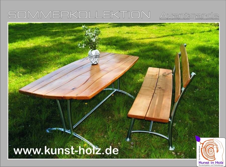 Gartenbank und Gartentisch by Mario Mannhaupt