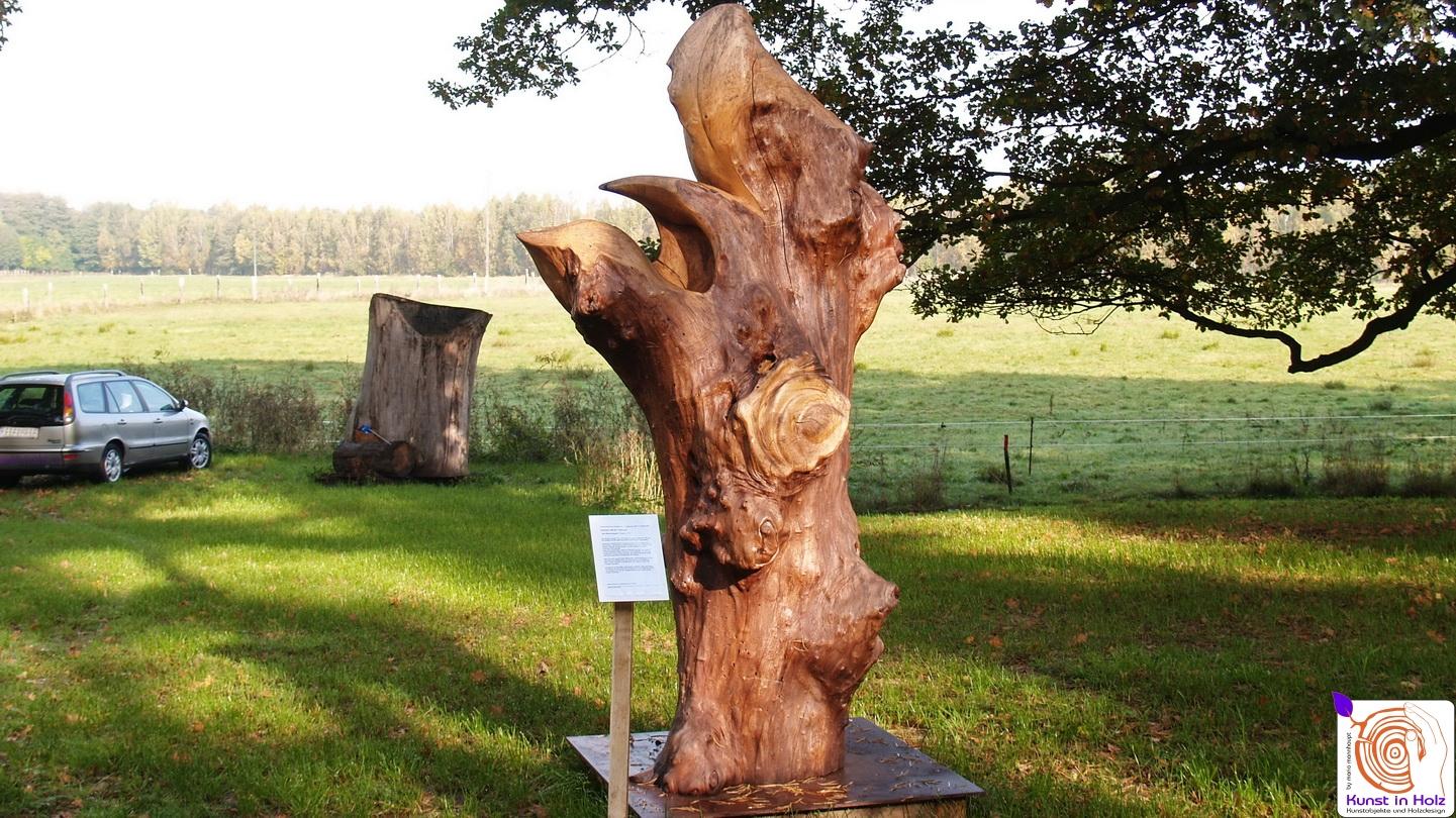 Holzskulptur des Bildhauersymposium in Luckenwalde