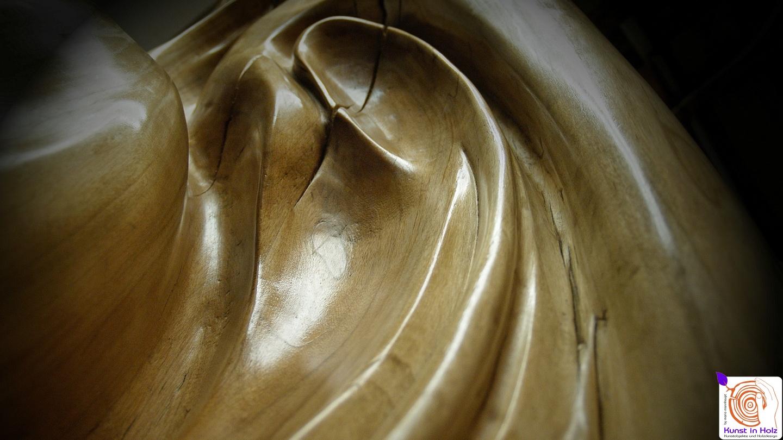 Skulptur vertieft: Holzdesign vom Feinsten by Mario Mannhaupt