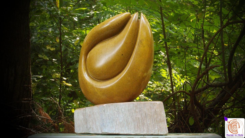 Steinskulptur verwoben by Mario Mannhaupt