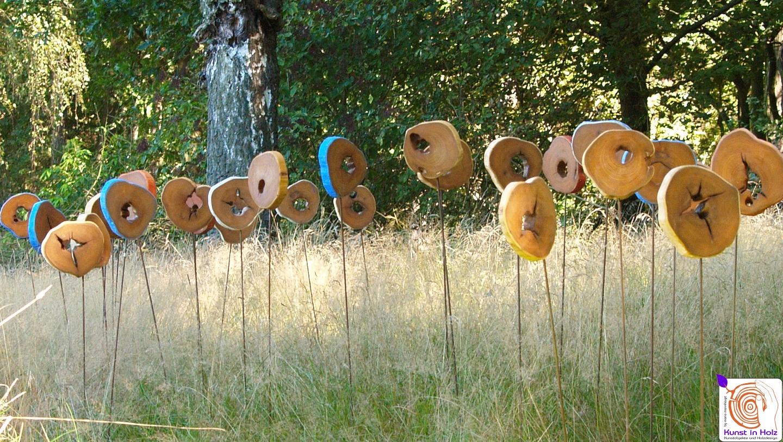 Holzobjekte aus der Bildhauerei Mario Mannhaupt
