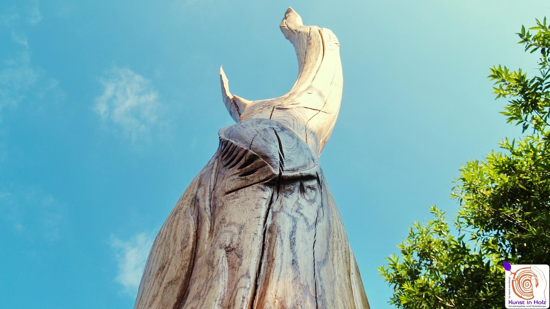 Kunstobjekt: Empor, war die erste große Holzskulptur von Mario Mannhaupt.