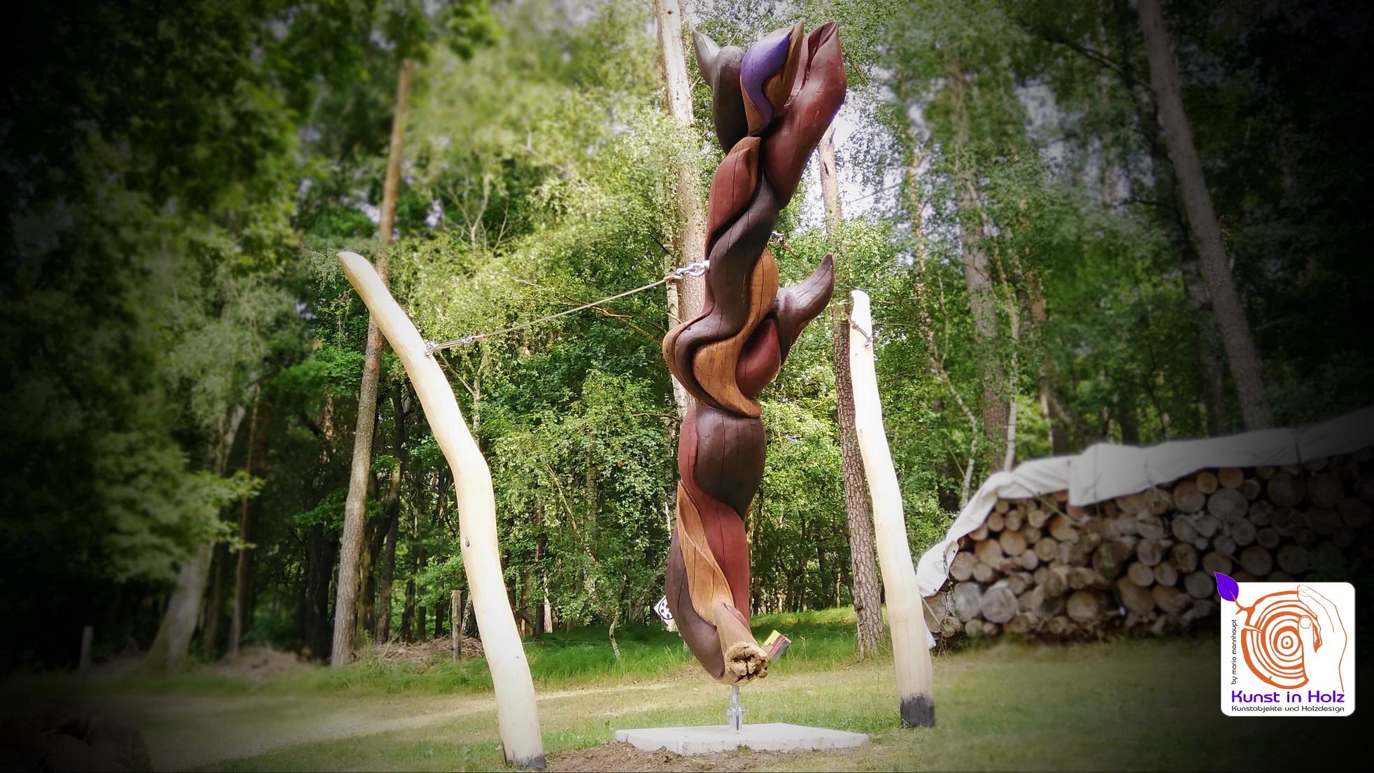 verflochten / 5m lange Skulptur aus Hartholz